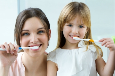 Livonia dentist recommends proper brushing